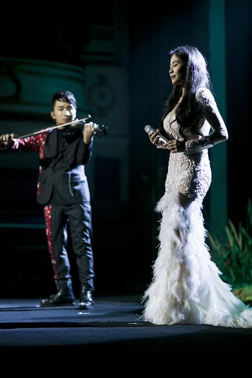 linh-nga-bay-ra-ha-noi-ung-ho-nghe-si-violin-hoang-rob-5