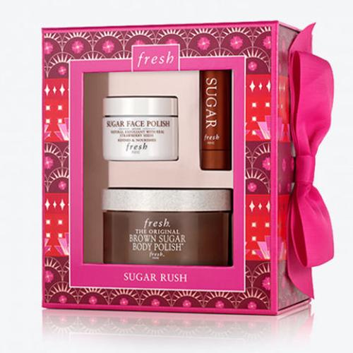 Fresh Sugar Rush Bộ sản phẩm của Fresh Sugar Rush giúp nàng làm đẹp từ đầu đến chân. Giá tham khảo: 56 USD (khoảng 1,3 triệu đồng).
