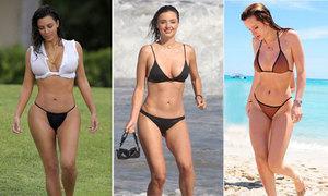 Những màn phô diễn bikini nóng bỏng nhất năm của sao Hollywood