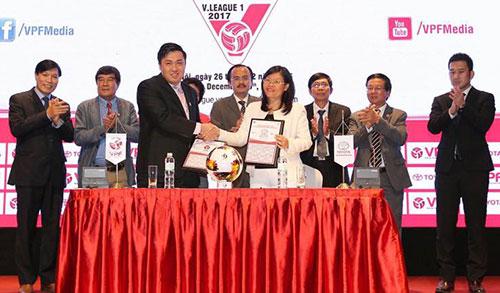 v-league-2017-co-nhieu-nha-tai-tro-khung