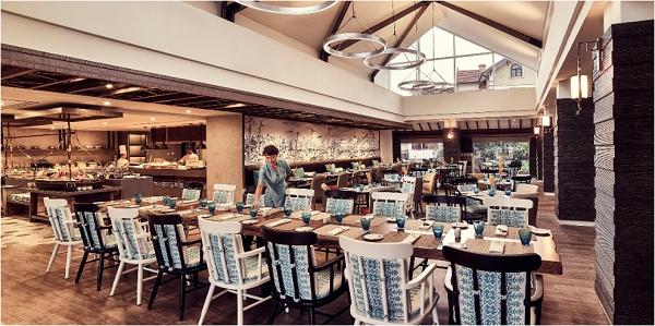 Không gian sang trọng, đầm ấm tại Nhà hàng Pacifica.