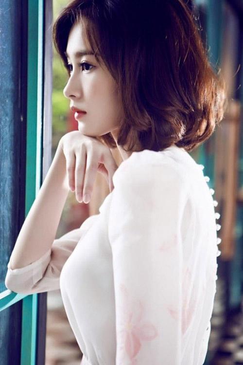 Hoa hậu Thu Thảo cũng chọn style tóc này để làm mới hình ảnh.