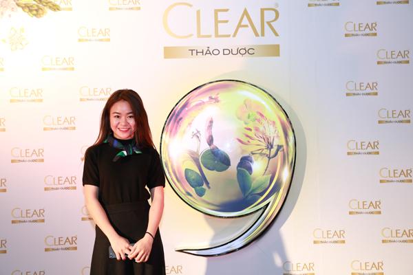 clear-thao-duoc-truyen-cam-hung-cham-soc-toc-mua-dong-2