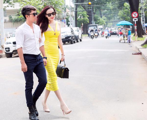 duong-yen-ngoc-mac-sexy-sanh-doi-nhac-si-luong-bang-quang-5