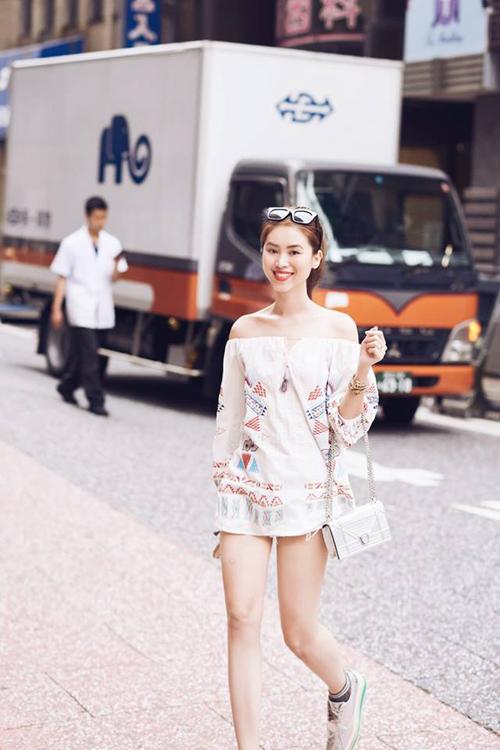 chuyen-di-nhat-no-bung-da-mat-cua-nang-blogger-xinh-dep-13