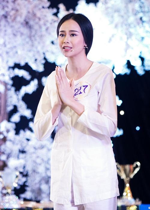 sella-truong-dang-quang-hoa-hau-dien-anh-2016-1