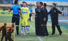 Ban huấn luyện CLB Hà Nội nổi đóa, vái lạy trọng tài