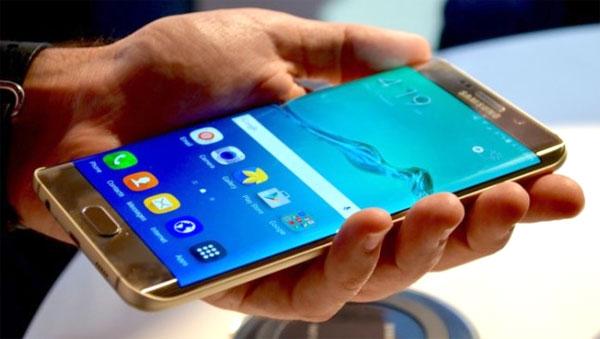 cac-smartphone-android-bo-nho-ram-4gb-hang-hot