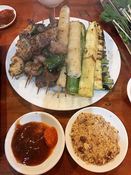 luong-the-thanh-thuy-diem-lac-loi-kham-pha-m-thuc-sapa-7