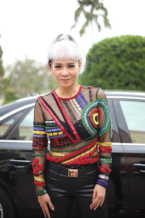 huan-luyen-vien-the-voice-tao-hinh-la-di-cham-thi-4