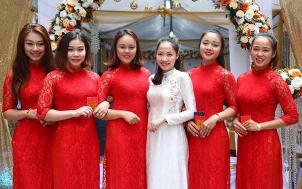 bup-be-ngan-thuong-vi-lay-chong-la-ky-tap-huan-lon-nhat-doi-1