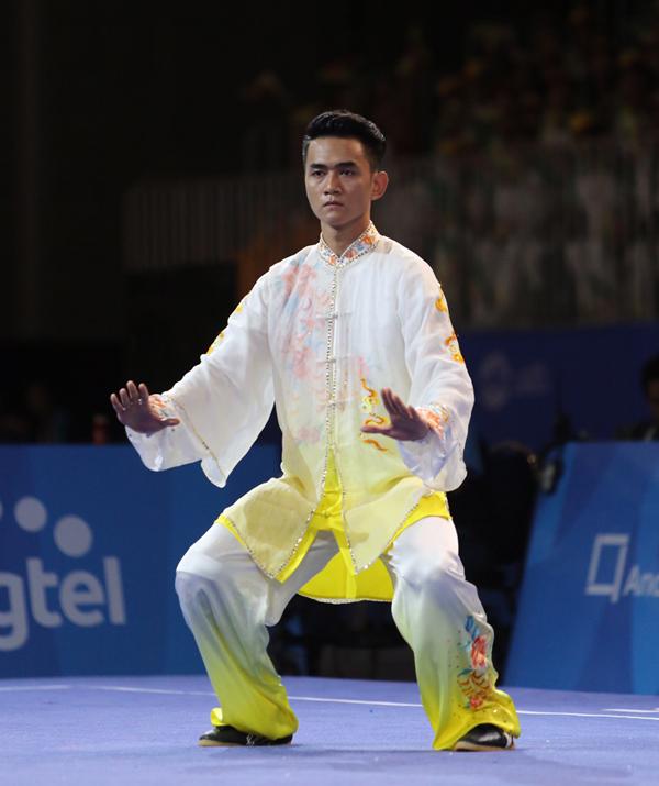 hot-boy-wushu-thanh-tung-chuyen-nghe-lam-tiep-vien-hang-khong-1