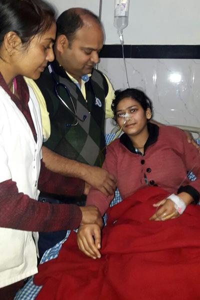 Neha Begum đang dần phuc hồi sức khỏe sau ca phẫu thuật. Ảnh: Cover Asia Press