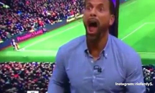 Ferdinand hò hét sau khi Ibrahimovic ghi bàn