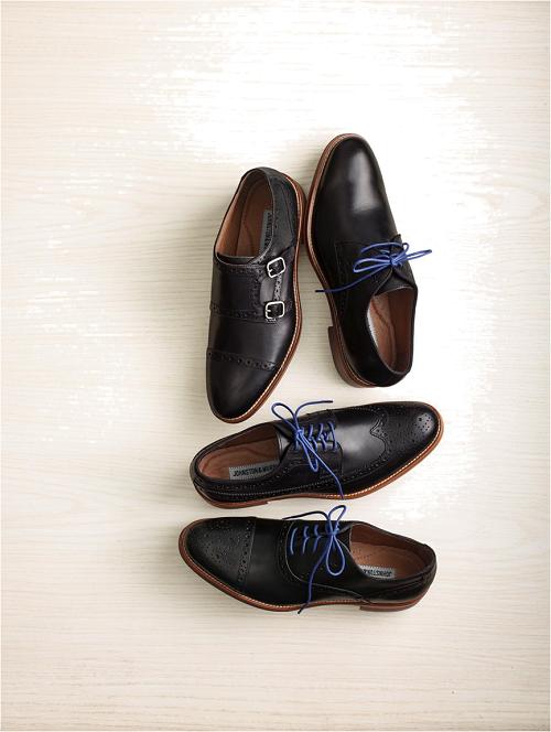 Bộ sưu tập Conard là một trong những đại diện của dòng sản phẩm có thiết kế từ Anh quốc, mang đậm nét cổ điển và tinh tế với các họa tiết Brogue tăng sự trang trọng và tỉ mỉ cho đôi giày. Sản phẩm làm từ chất liệu da bê nhập khẩu Italy, đánh bóng thủ công.