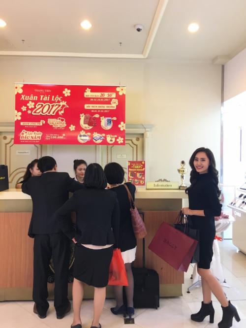 mua-sam-uu-dai-tai-trang-tien-plaza-2