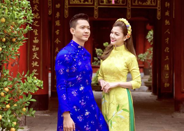 duc-vinh-nam-tay-nguoi-dep-thai-nhien-phuong-di-choi-tet-1