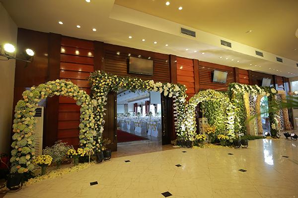 [Caption]Sảnh chính đón khách được trang hoàng với nhiều khu vực chụp ảnh khác nhau