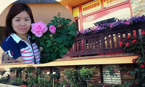 Mẹ Việt đào đường nhựa, lấp đất trồng hoa ở Séc