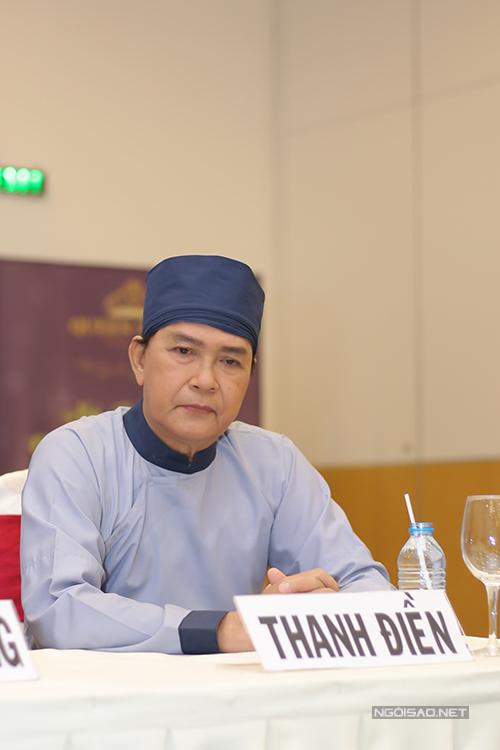 kieu-trinh-di-su-kien-cung-hai-con-gai-8