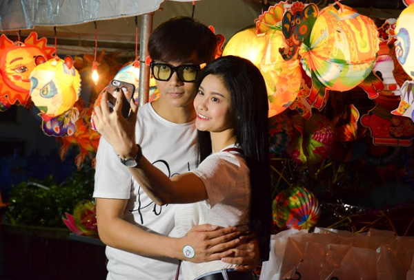 sach-mun-tu-tin-selfie-cung-chang-ngay-valentine
