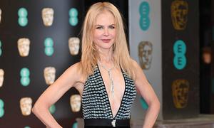 Nicole Kidman bị các con phản đối vì mặc 'hở hang' tới thảm đỏ