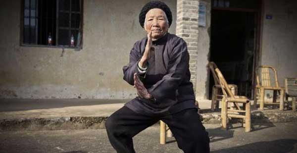 ngoai-gia-kungfu-90-nam-luyen-vo