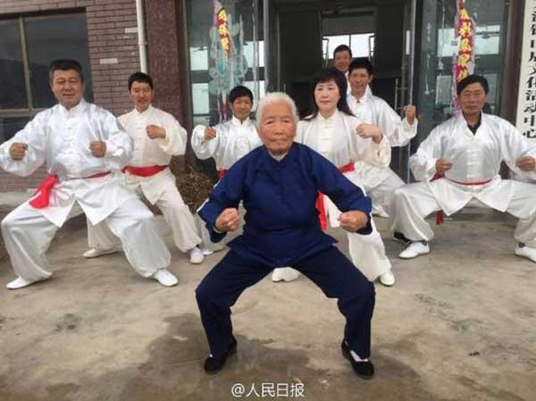 ngoai-gia-kungfu-90-nam-luyen-vo-2