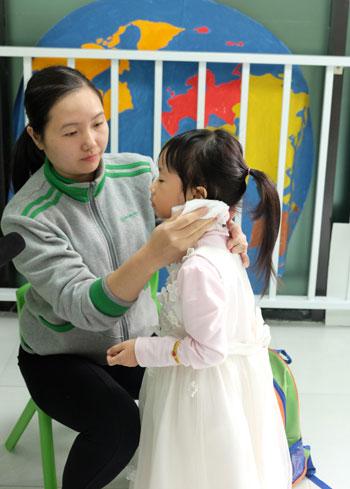 Cô Nguyễn Thùy Linh (33 tuổi), có 11 năm trong nghề giáo viên mầm non.