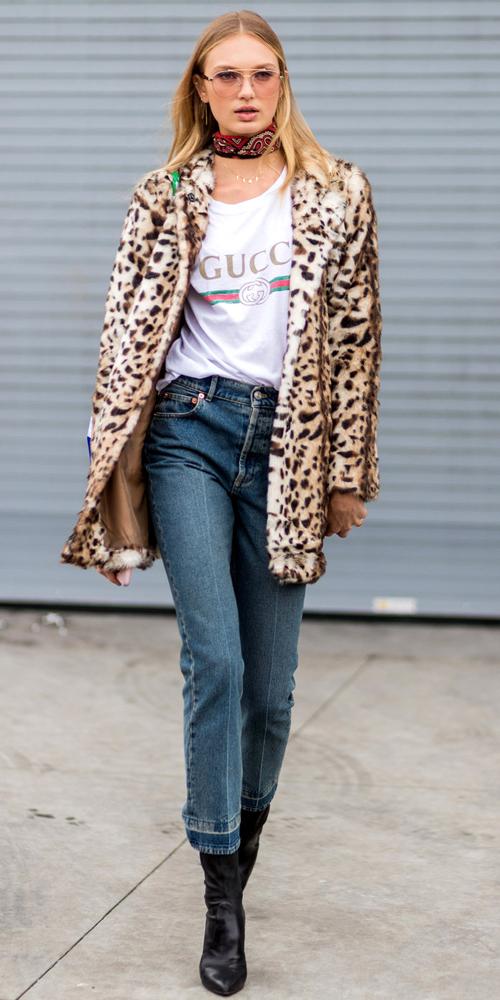 fashionista-the-gioi-va-con-sot-ao-thun-don-gian-9