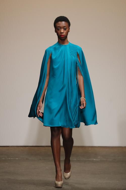 nha-thiet-ke-viet-trinh-dien-tai-new-york-fashion-week-7