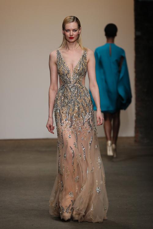 nha-thiet-ke-viet-trinh-dien-tai-new-york-fashion-week-8