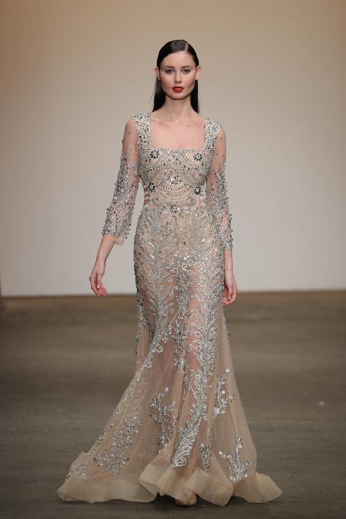 nha-thiet-ke-viet-trinh-dien-tai-new-york-fashion-week-9