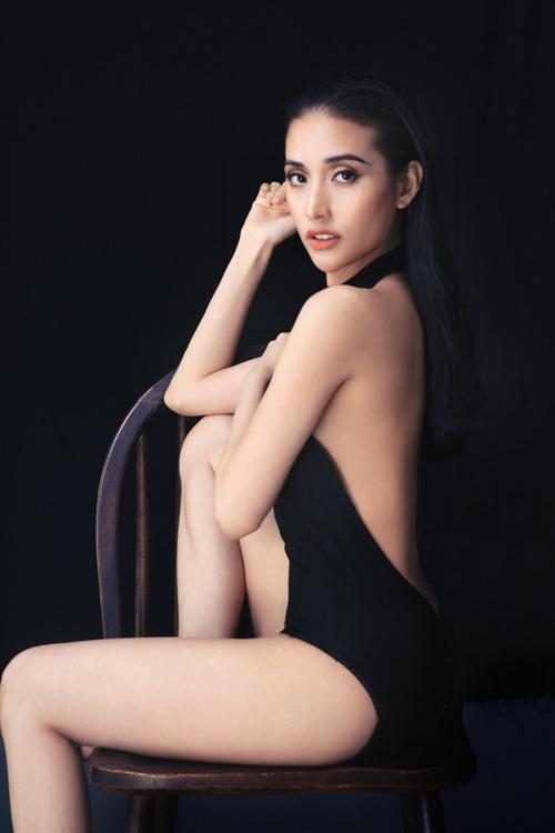 mai-ho-mac-mat-me-khoe-duong-cong-sexy-4