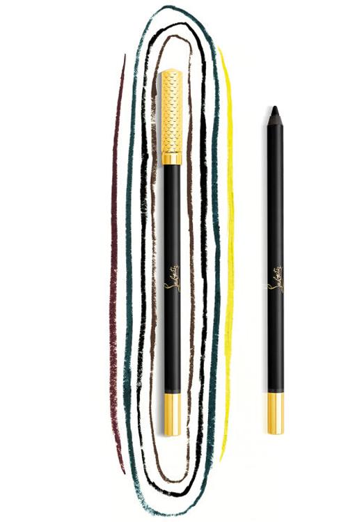 tên thương hiệu màu vàng nổi bật giữa thân bút, nắp đậy bằng kim loại chạm da rắn vẩy vàng.