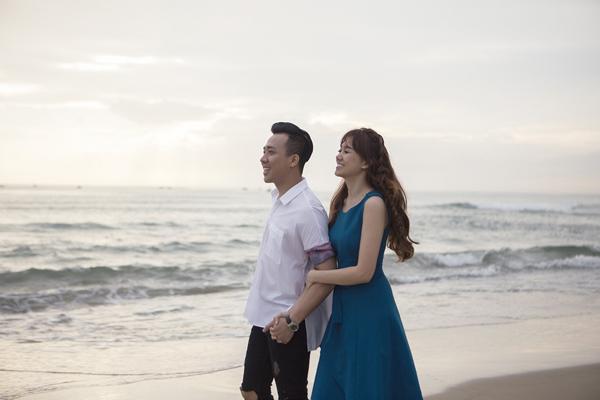tran-thanh-om-hon-hari-won-khi-dong-mv-cung-nhau-7