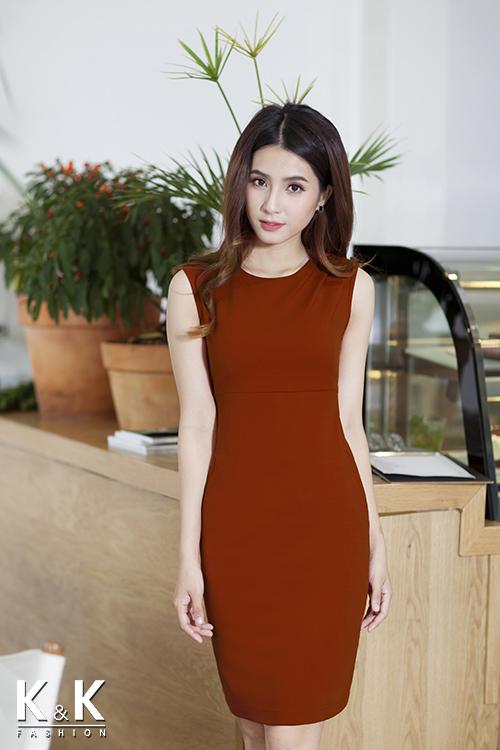 Đầm cam xếp ly vai KK64-03 giá 400.000 đồng.