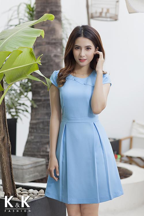 Đầm xanh blue dáng xòe KK64-28 giá 400.000 đồng.