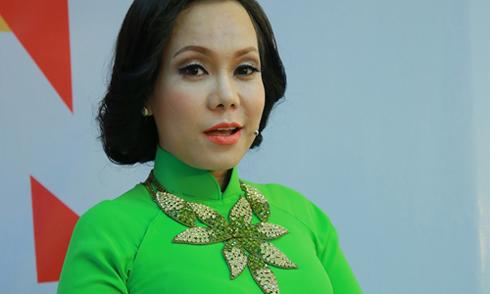 Việt Hương nhận lỗi đã nói thô tục trong đám cưới Đình Bảo