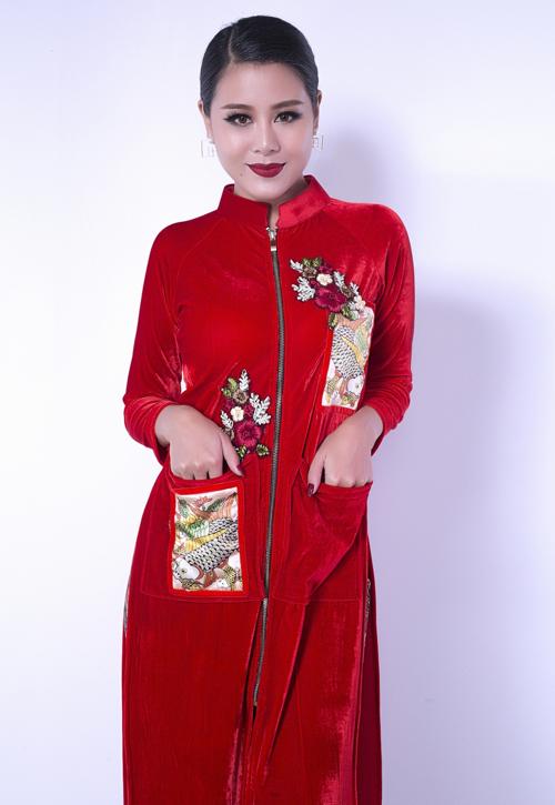 kieu-nu-lang-hai-nam-thu-lang-xe-ao-dai-nhung-4