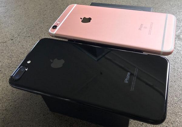 iphone-7-jet-black-sut-gia-tro-thanh-mau-re-nhat