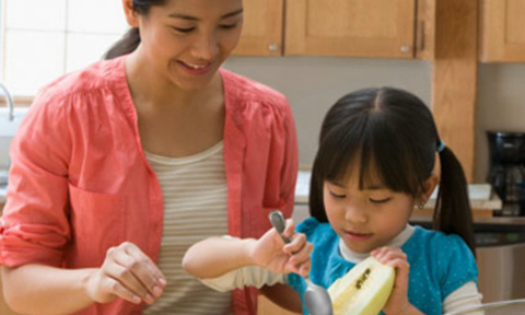 5 giá trị cha mẹ cần dạy cho con trước tuổi lên 5