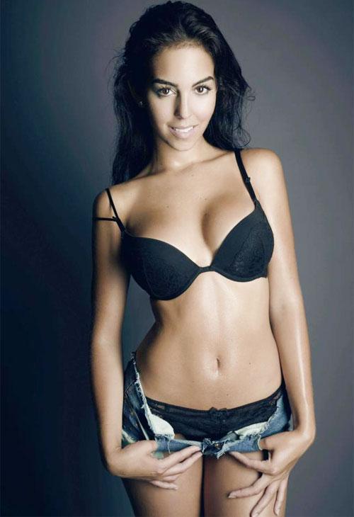 Georgina Rodriguez từng làm bảo mẫu và không ngại làm việc nhà
