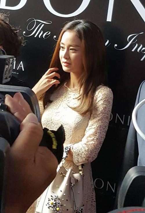 kim-tae-hee-co-chong-cang-man-ma-duyen-dang-4