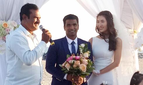 Đám cưới lãng mạn trên biển của Nguyệt Ánh và chồng Ấn Độ