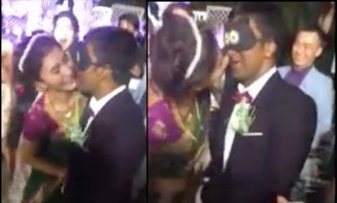 Diễn viên Nguyệt Ánh hôn chồng Ấn Độ trong tiệc cưới