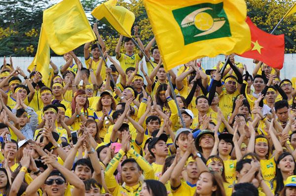 cdv-nam-liet-giuong-thoa-uoc-mo-den-san-thong-nhat-10