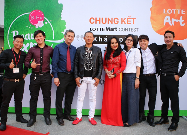 man-trinh-dien-soi-dong-tai-chung-ket-lotte-mart-contest