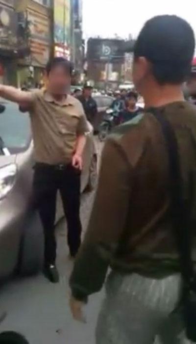 Vụ đánh ghen gây tắc ghẽn giao thông phố Xã Đàn.