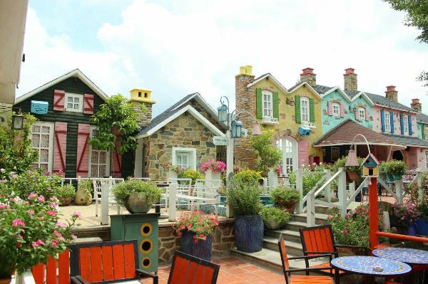 city-house-cafe-uu-dai-trong-thang-3